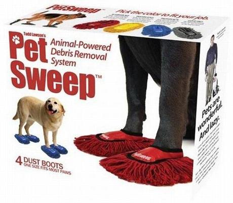 20. Zapatos para que el perro lustre el piso.