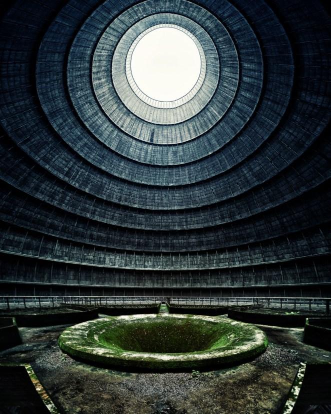 16. Una planta nuclear abandonada en Bélgica