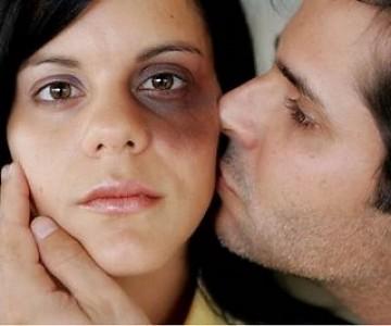 6. Violento y agresivo