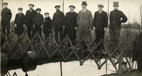 8. Puente colapsable, creado para emergencias