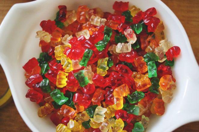 10. Si querés comer algo dulce y además tomar, aprovechá y hace unas gomitas con vodka