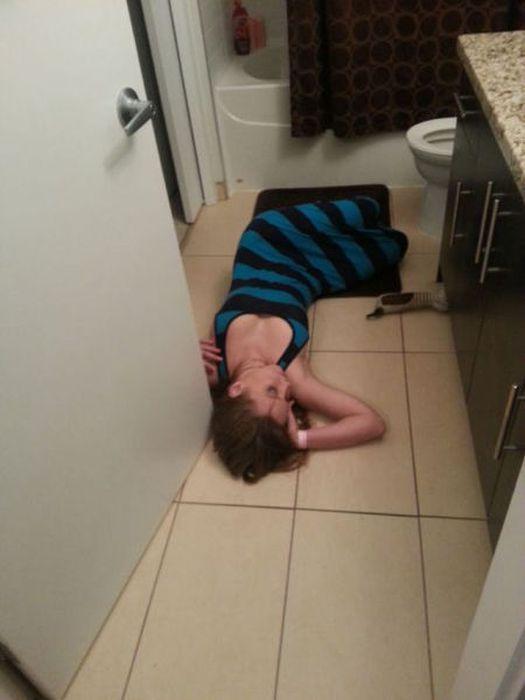 3. El típico desmayo en el baño.