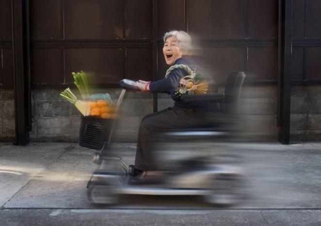 Japanese grandma funny self-portraits
