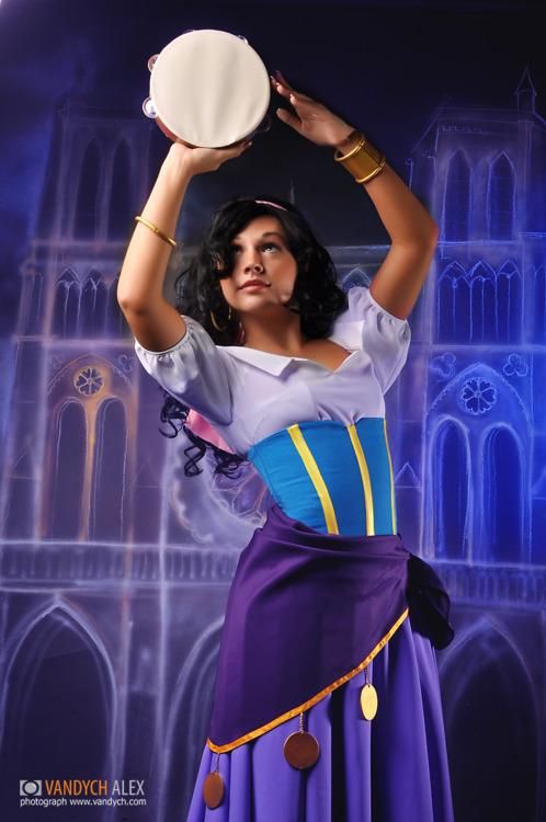 33. Esmeralda de El Jorobado de Notre Dame