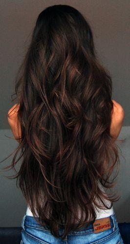 9. Pueden ser aleatorias en todo el largo del pelo.