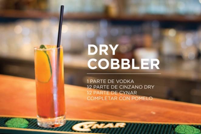 9. El Dry Cobbler, que tiene el poder silencioso del vodka y la frescura del pomelo. Para la previa.