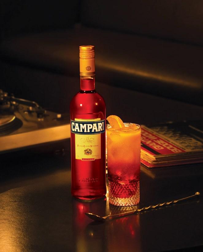 8. Lo importante es que las naranjas exprimidas son indispensables para el Campari Orange o Garibaldi