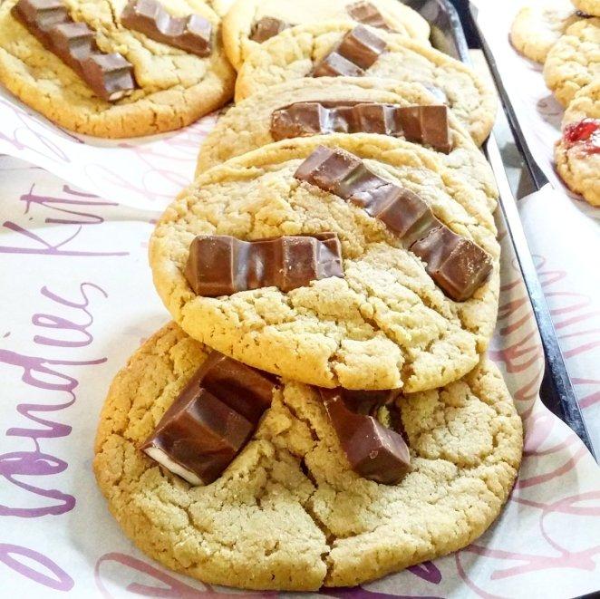 Resultado de imagen para blondies kitchen cookie pizza