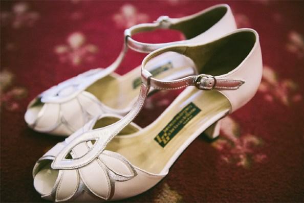 Zapatos de boda artesanos, realizados en exclusiva por la madre de la novia