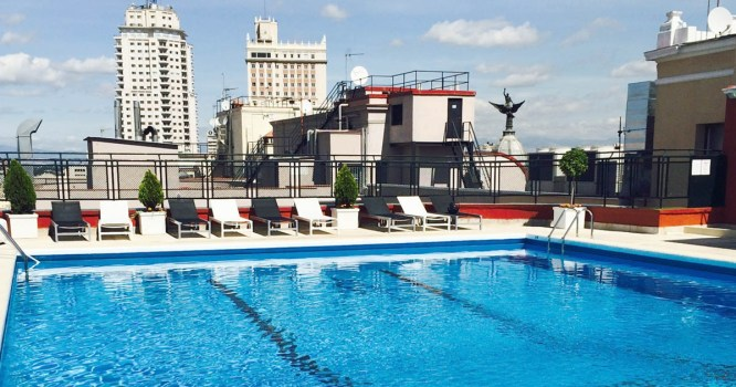 Resultado de imagen de Hotel emperador piscina