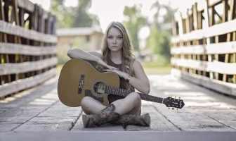 Guitarist on bridge