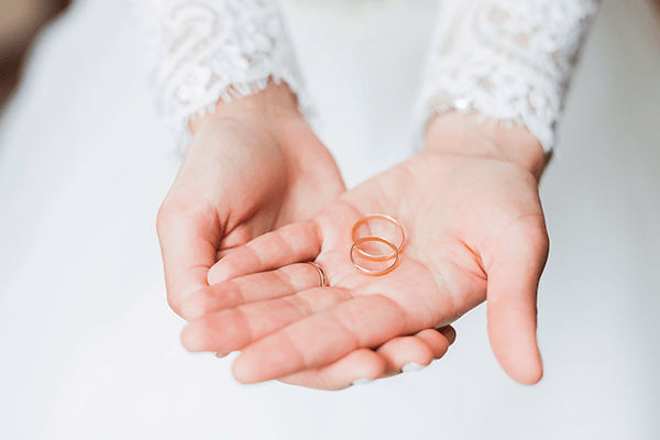 The best materials that you can choose for wedding bands.