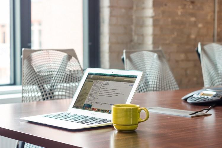 56_laptop-coffee_web_1200px