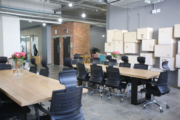 LR Cube Workspace Waterfront Coworking