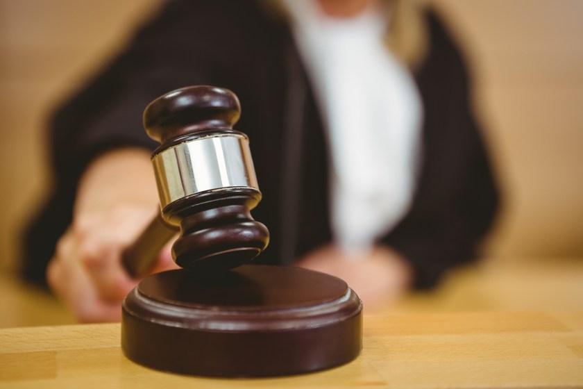 La prueba testimonial no basta para acreditar la posesión requerida para usucapir