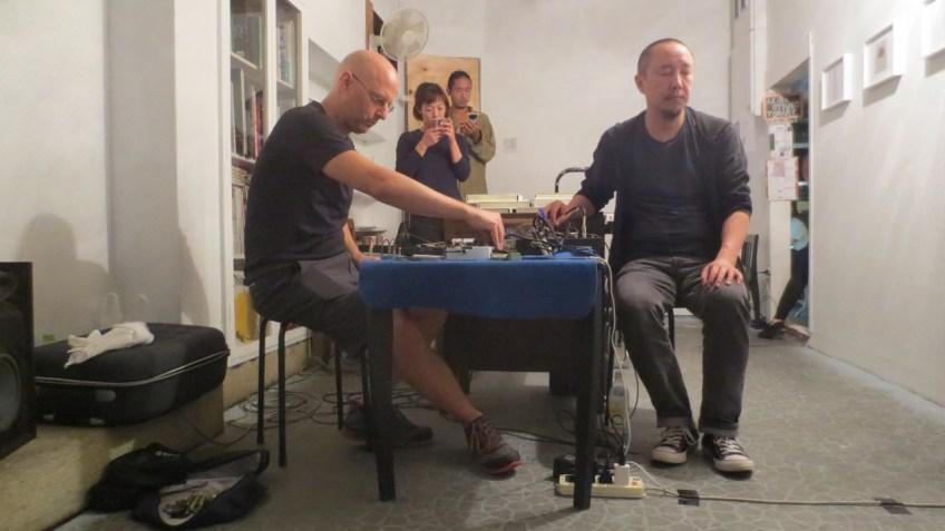 Tim Olive and Yan Jun performing at Nooo Kitty, Osaka 17 October 2017