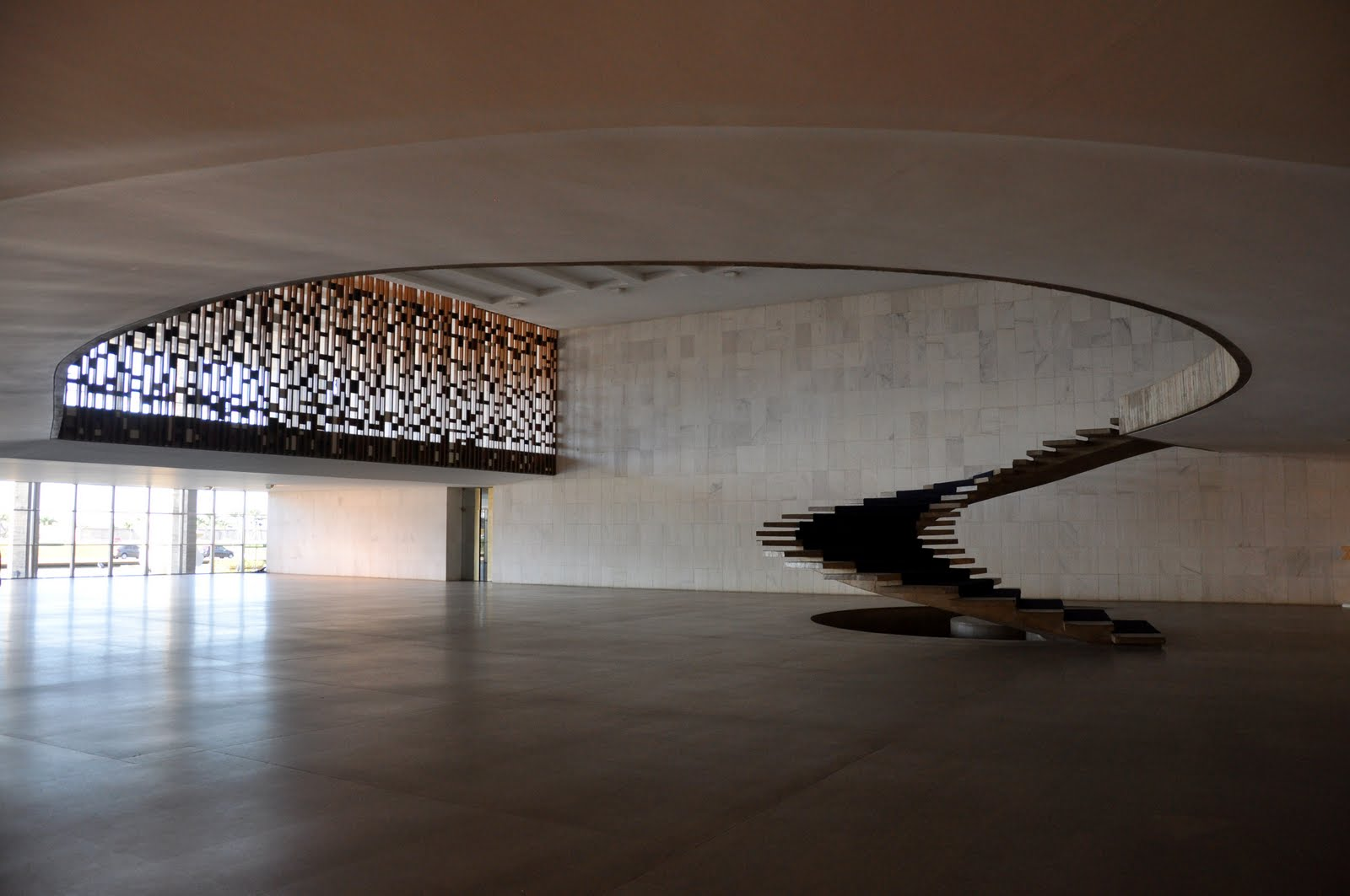 Oscar Niemeyer 15 December 1907 5 December 2012 Espasso