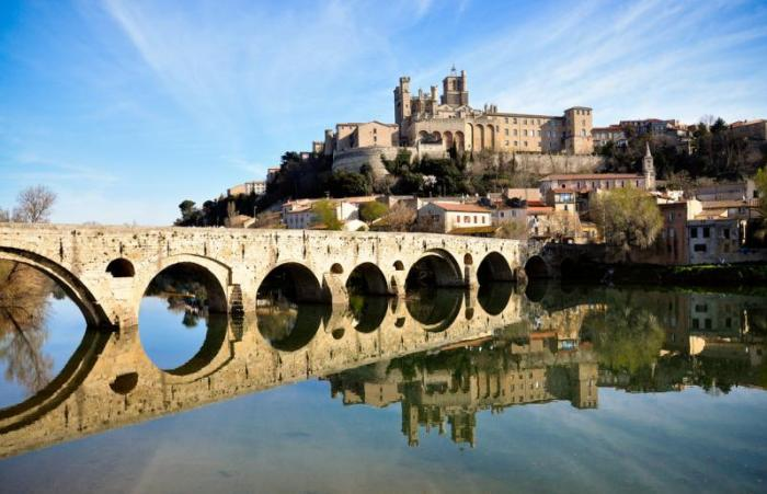 Beziers in de Languedoc-Roussillon - Eurocamp campingvakanties