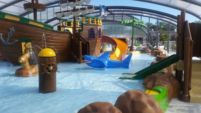 Nieuwe zwembad op camping Les Alicourts Resort