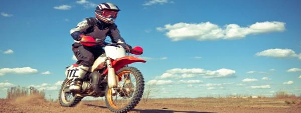 ¿Tienes una moto parada en el garaje? Te contamos las razones para contratar un seguro