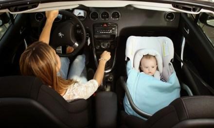 Consejos del RACE sobre sillas infantiles para coches