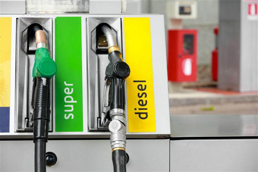 73% de los jóvenes en España elegiría un coche de gasolina sobre uno de diesel