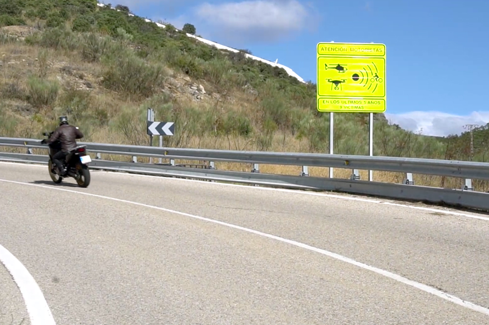 100 tramos más peligrosos para los motoristas señalizados por la DGT