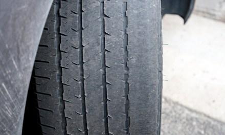 Más de un millón y medio de vehículos circulan con defectos graves en los neumáticos