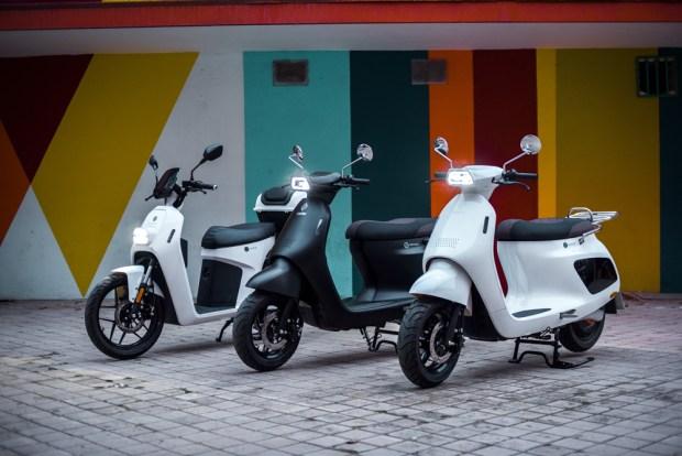 Ciclomotor eléctrico Wellta Taiga y scooter Welta Artica