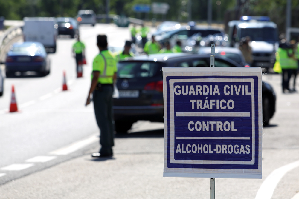 Controles de alcohol y drogas a conductores DGT