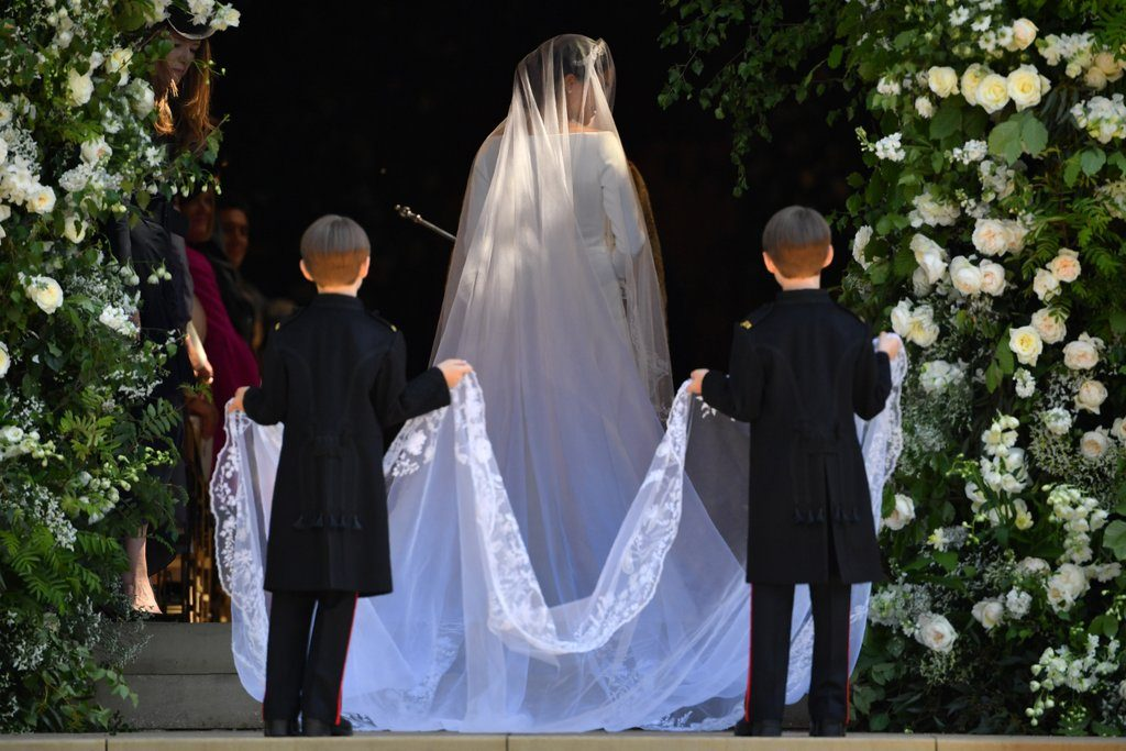 British Wedding Traditions: Brides is always first