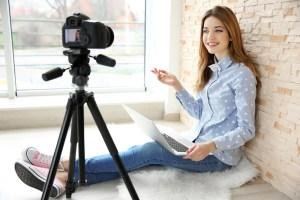 Vlogging pentru incepatori – de ce echipament ai nevoie?