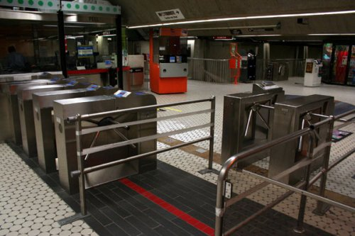 Turnstiles at Peel metro
