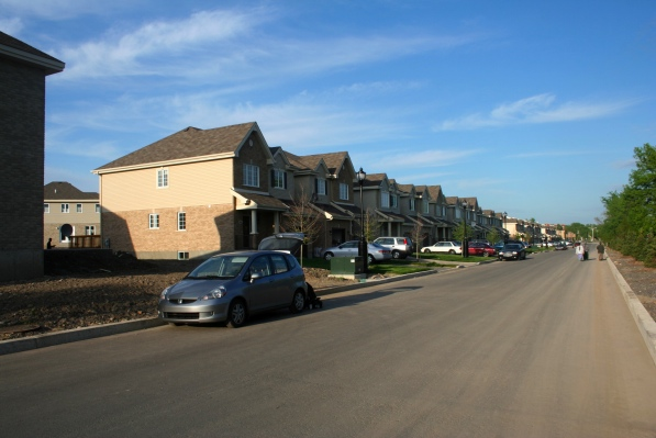 Riverdale Blvd.: Behold the suburban conformity!