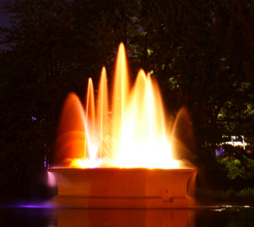 Lafontaine Park fountain