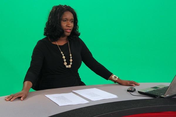 Elysia Bryan-Baynes at the Global Montreal news desk.