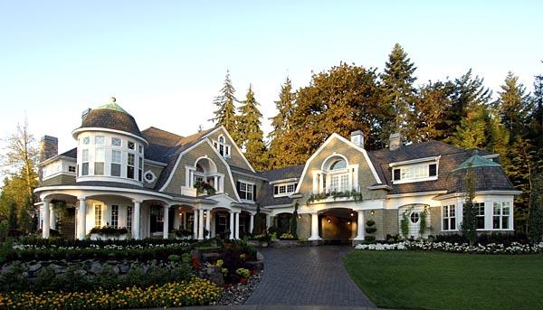 Luxury Farmhouse Plan Family Home Plans Blog