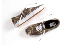 Vans-x-Star-Wars_Authentic_Boba-Fett-Camo