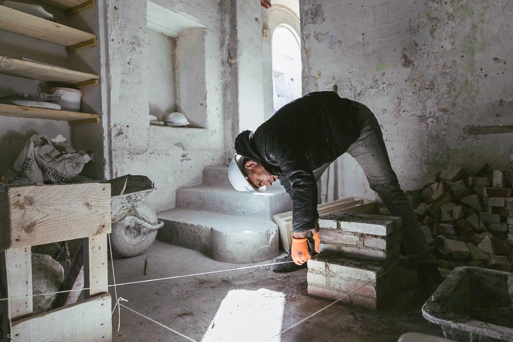 Acta Vista, association du GROUPE SOS, crée des chantiers d'insertion dans le but de rénover des monuments historiques. Crédit photo Brian du Halgouet