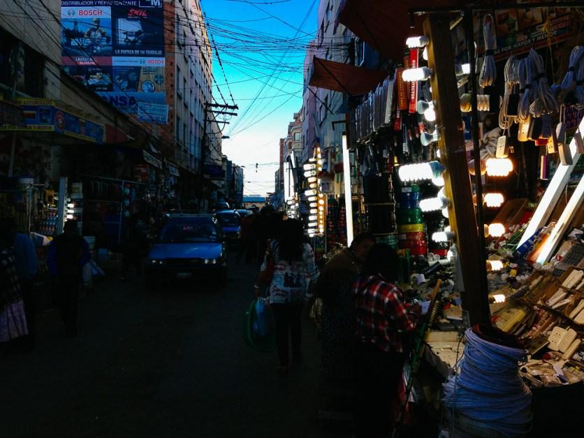 Markt in La Paz: Technikabteilung