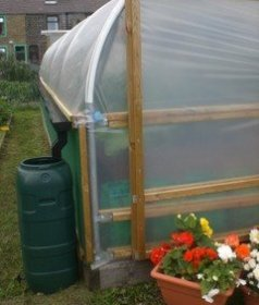 Harvesting Rainwater from a Polytunnel