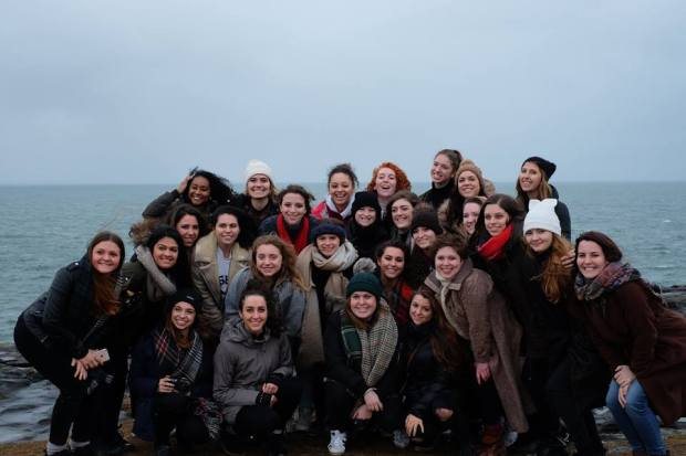 A surprise FIT reunion at the Cliffs of Moher in Dublin!