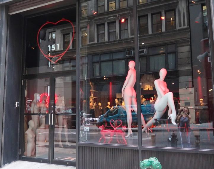 mannequin shop
