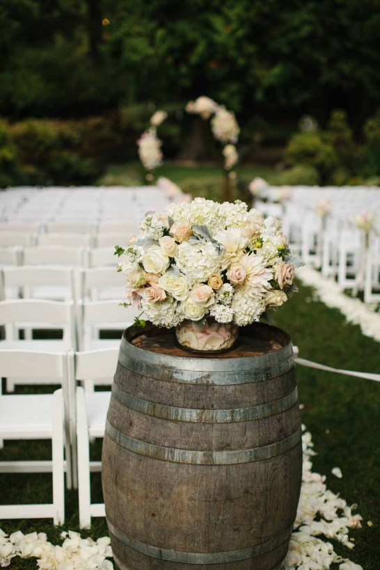 6Flora-Nova-Design-Delille-garden-glam-wedding