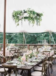 24Flora-Nova-Design-gorgeous-NW-tent-wedding
