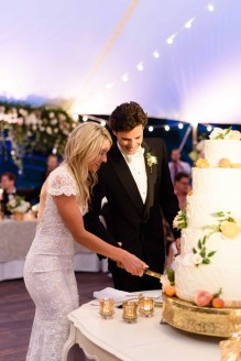 41Flora-Nova-Design-gorgeous-NW-tent-wedding
