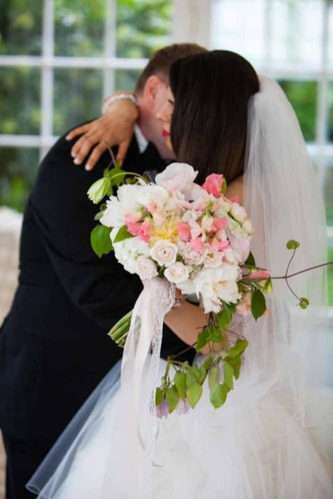 20Flora-Nova-Design-elegant-outdoor-wedding-seattle
