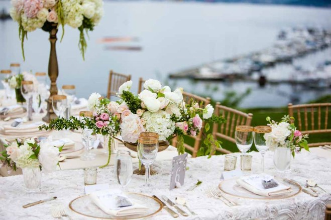 26Flora-Nova-Design-elegant-outdoor-wedding-seattle