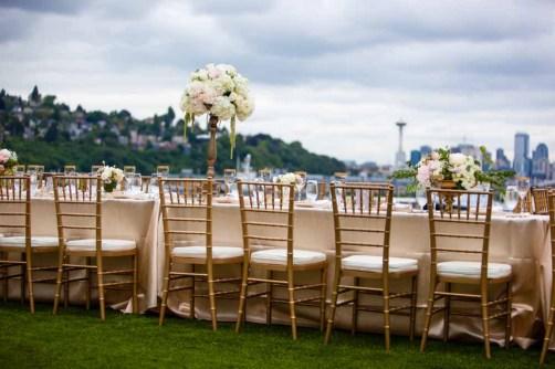 29Flora-Nova-Design-elegant-outdoor-wedding-seattle