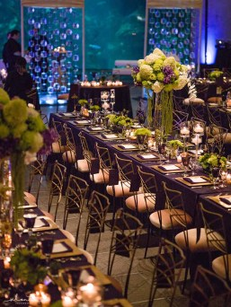 22Flora-Nova-Design-elegant-seattle-aquarium-wedding